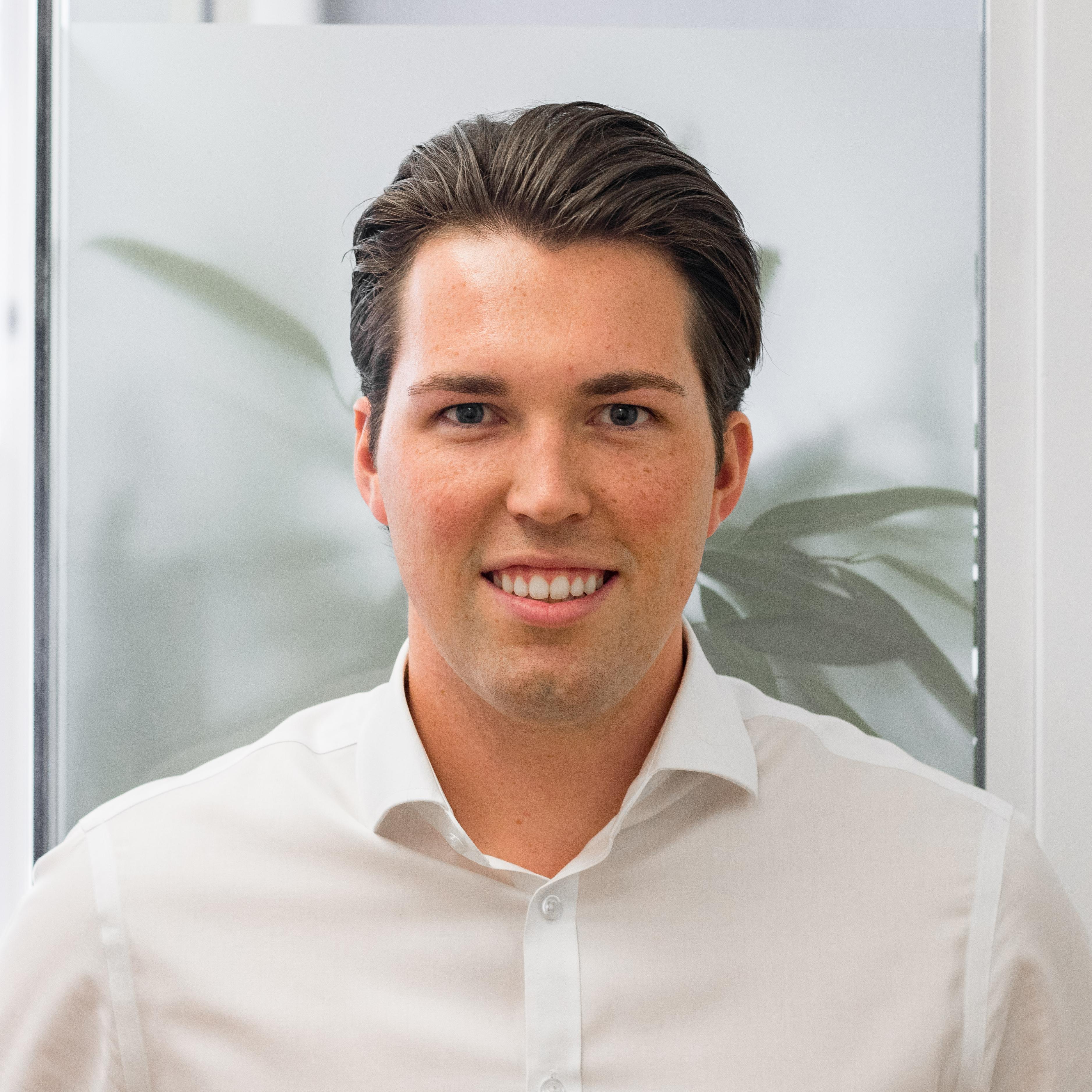 Scott Millar, Financial Planner